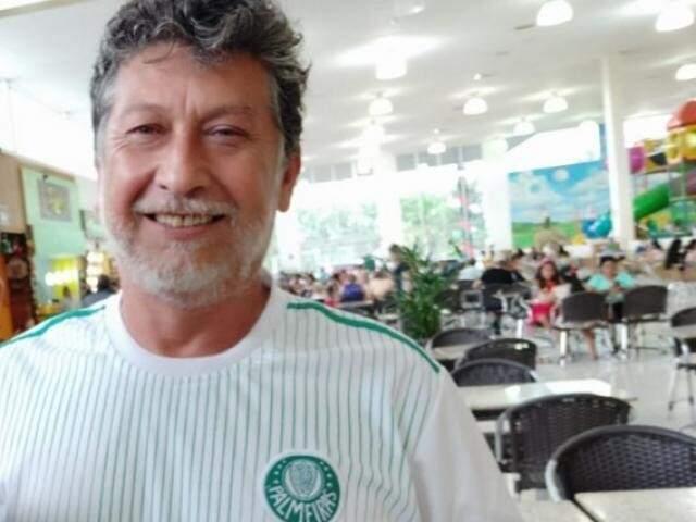 Jornalista Leo Veras foi assassinado em casa, na noite desta quarta-feira (Foto: Sidnei Bronka/Arquivo)