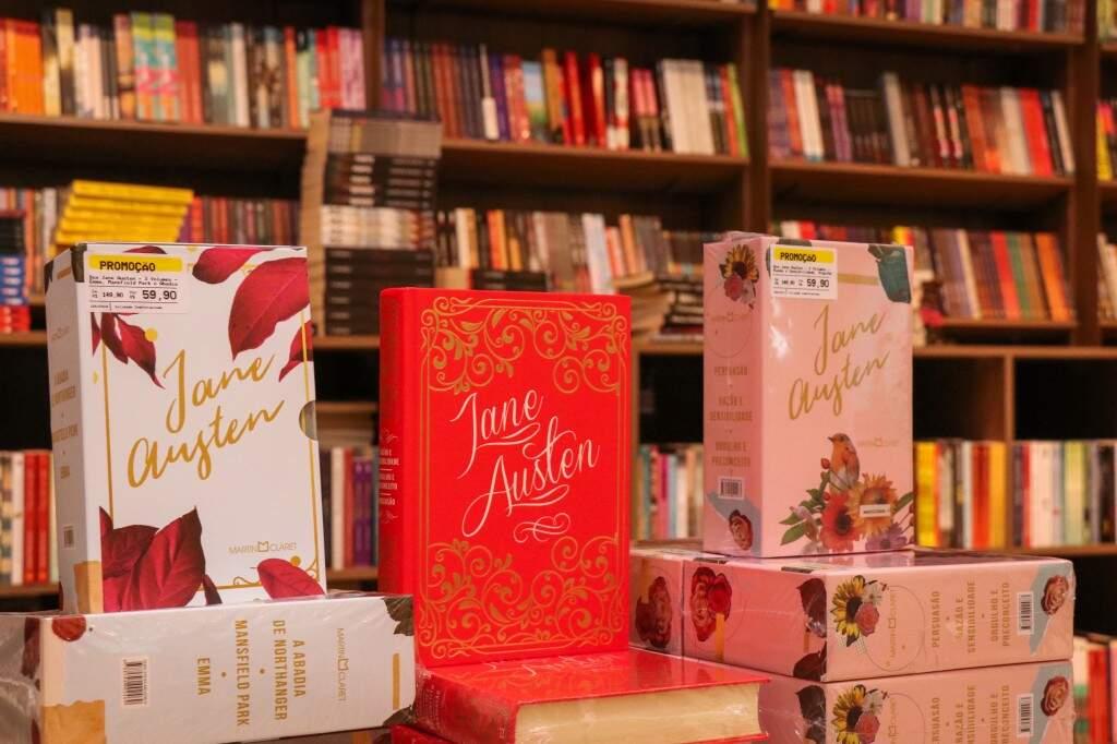Box da Jane Austen, uma das romancistas mais populares da literatura mundial, de R$ 149,90 por apenas R$ 59,90. (Foto: Henrique Kawaminami)