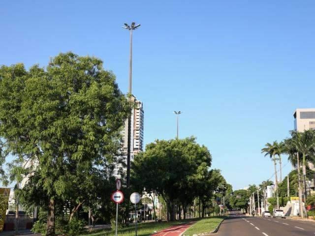 Campo Grande terá dia de sol e clima ameno, mas pode chover no interior de  MS