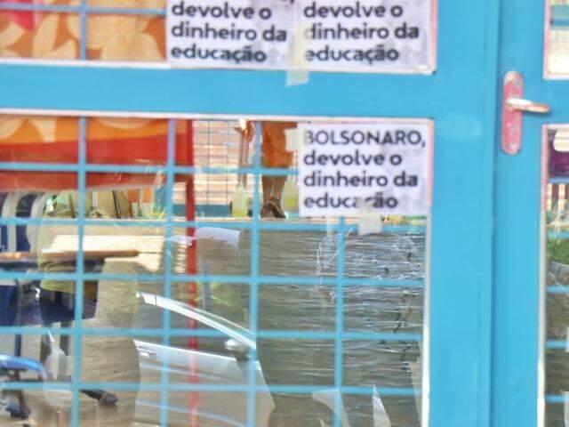 Alunos receberam ordem de reintegração de posse durante ocupação (Foto: Arquivo/