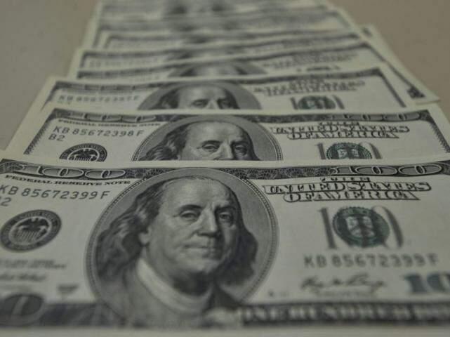 O dólar comercial encerrou esta quinta-feira (13) vendido a R$ 4,336, com queda de R$ 0,015 (-0,35%). (Foto: Marcello Casal Junior/Agência Brasil)