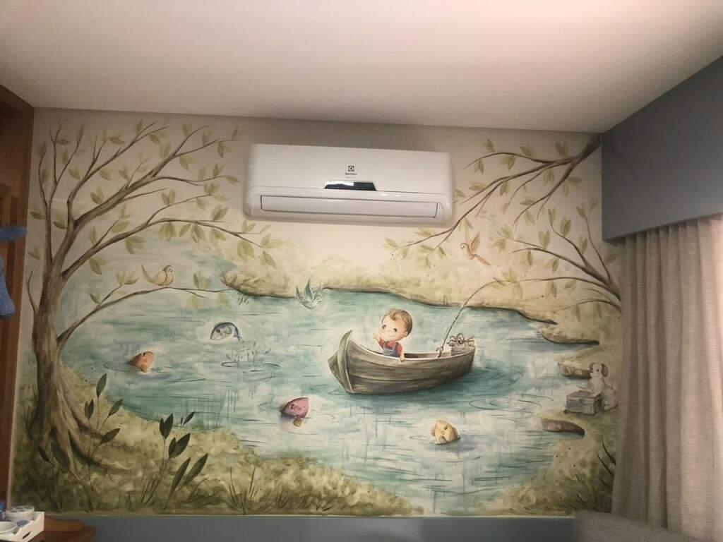 O estilo da artista segue uma pintura aquarelada suave, sempre em paredes. (Foto: Arquivo Pessoal)