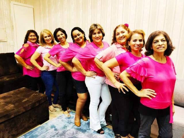Parte do grupo Mulheres de Peito reunida (Foto: Arquivo pessoal)