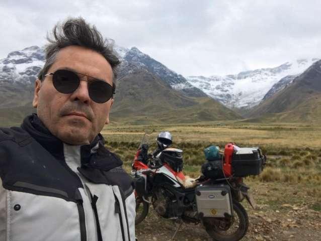 Campo-grandense conta como é viajar sozinho de moto pela América do Sul