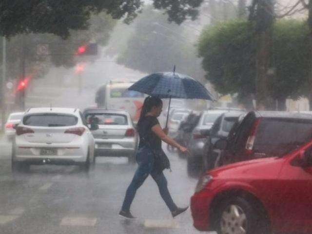 Campo Grande registrou volume 30% maior de chuvas em fevereiro