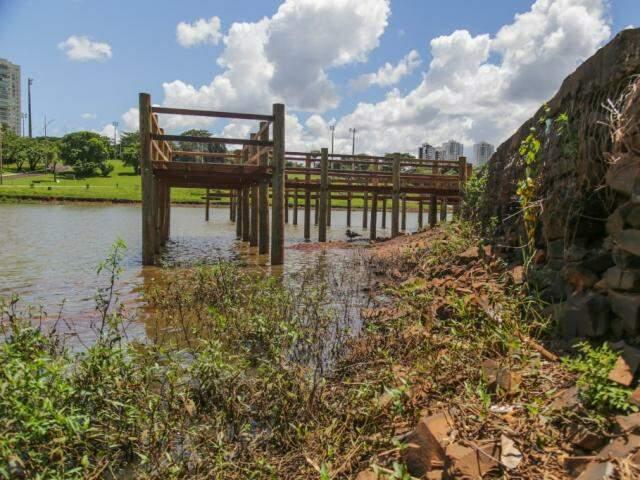 Lago havia sido recomposto antes do término da obra, seguindo laudo técnico que atestou estabilidade das barragens (Foto: Marcos Maluf)