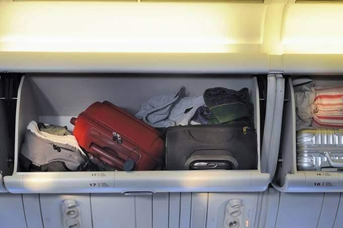 A Norwegian e a JetSmart, estreantes no Brasil, passaram a cobrar também pela bagagem de mão na cabine do avião (Foto: Reprodução)