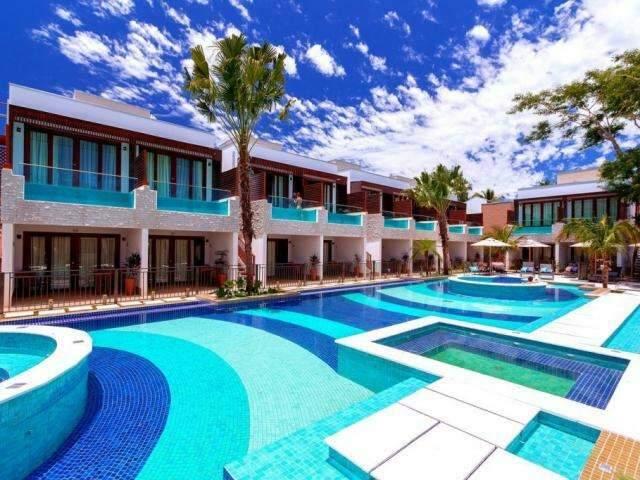 Inspirado em hotel de Bali, australiano reforma quartos e põe piscina na sacada
