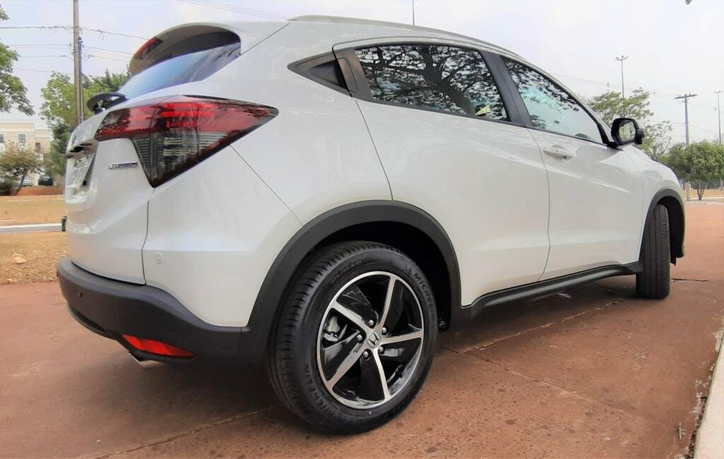 Testamos o Honda HR-V Turbo