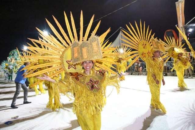 Campo Grande define campeã do Carnaval nesta quarta-feira