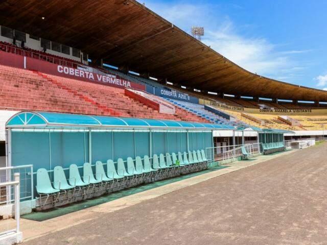 Arquibancada do Morenão poderá receber até 13 mil torcedores (Foto: Henrique Kawaminami)