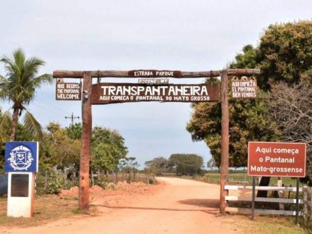 Explorada pelo turismo, Transpantaneira recorta todo o município de Poconé (Foto: Divulgação)