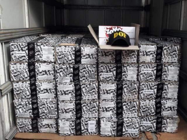 Foram apreendidas 1.700 caixas de essência (Foto: Divulgação)