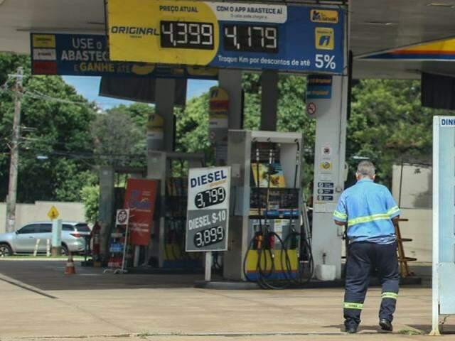 Postos mudaram preços após decreto que mudou alíquota do ICMS (Marcos Maluf)
