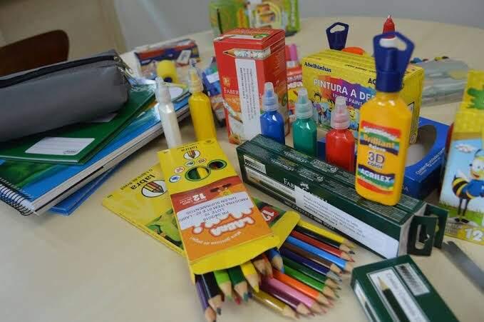 Pesquisa ajuda na economia na hora de comprar a lista de materiais escolares. (Arquivo)