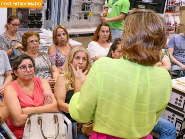 Loja adora reunir as mulheres em cursos e oficinas. (Foto: Henrique Kawamine)