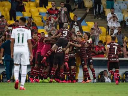 Flamengo faz 3 a 2 no Fluminense e garante vaga na Taça Guanabara