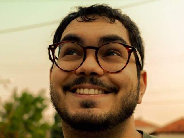Eduardo, autor das histórias em quadrinhos. (Foto: Arquivo Pessoal)