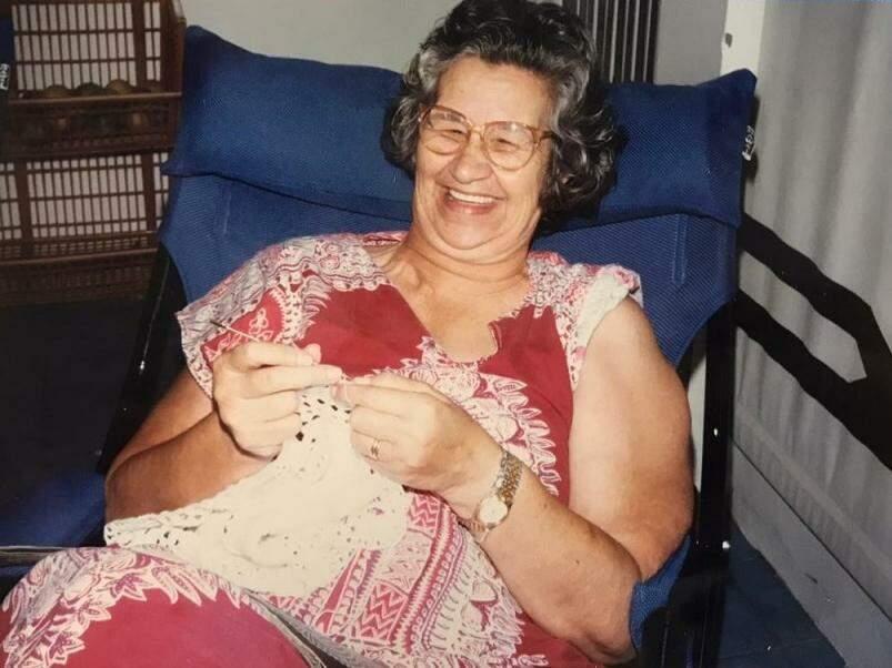 Dona Edman, sempre sorridente. (Foto: Arquivo Pessoal)