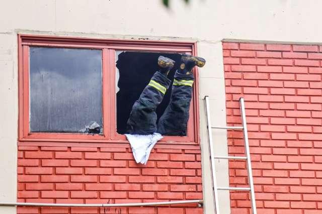 Fio derrete, provoca incêndio e Hospital Universitário é evacuado