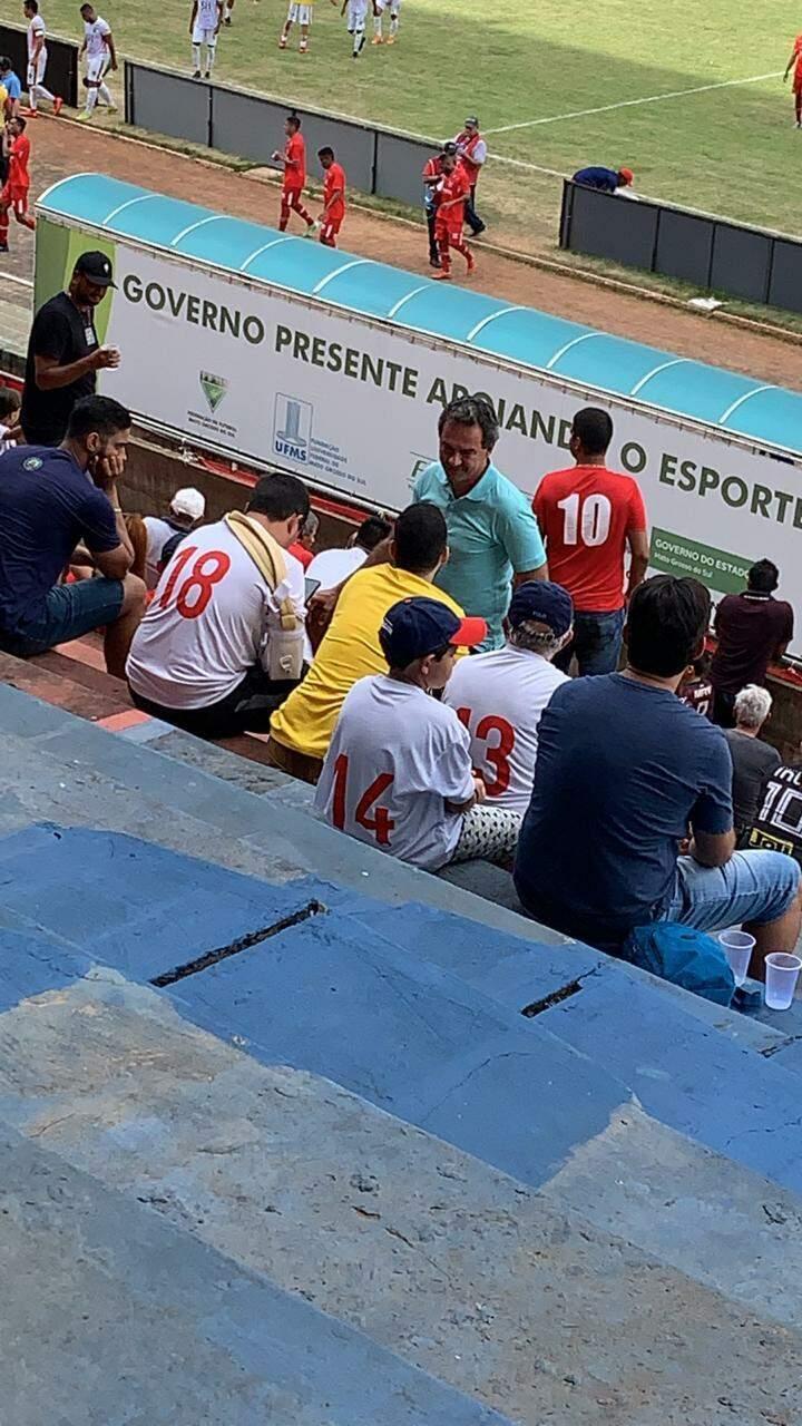 Marquinhos foi ao Morenão ontem, em jogo do Comercial contra o Cena.