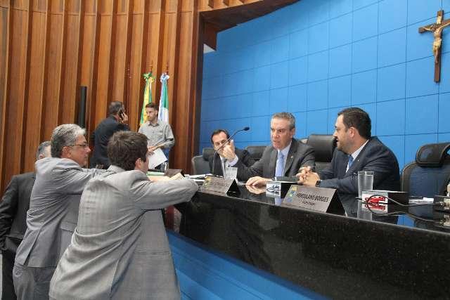 Projetos pedem isenção de ICMS para álcool em gel e produtos de saúde