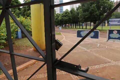 Prefeitura fecha praças, Esplanada e locais de prática esportiva em Campo Grande