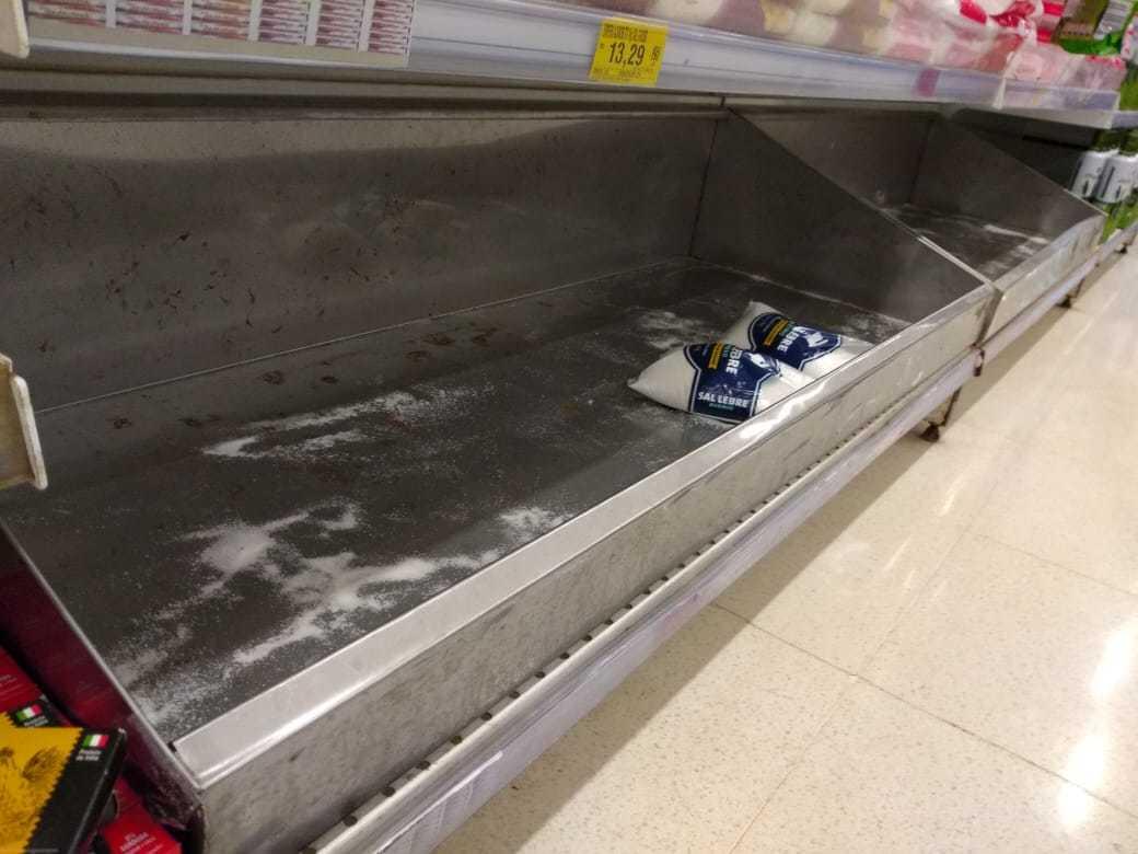 Estoque de sal também acabou. (Foto: Direto das Ruas)