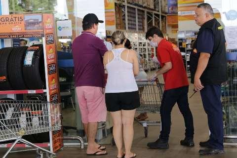Supermercado é a salvação do setor de segurança privada