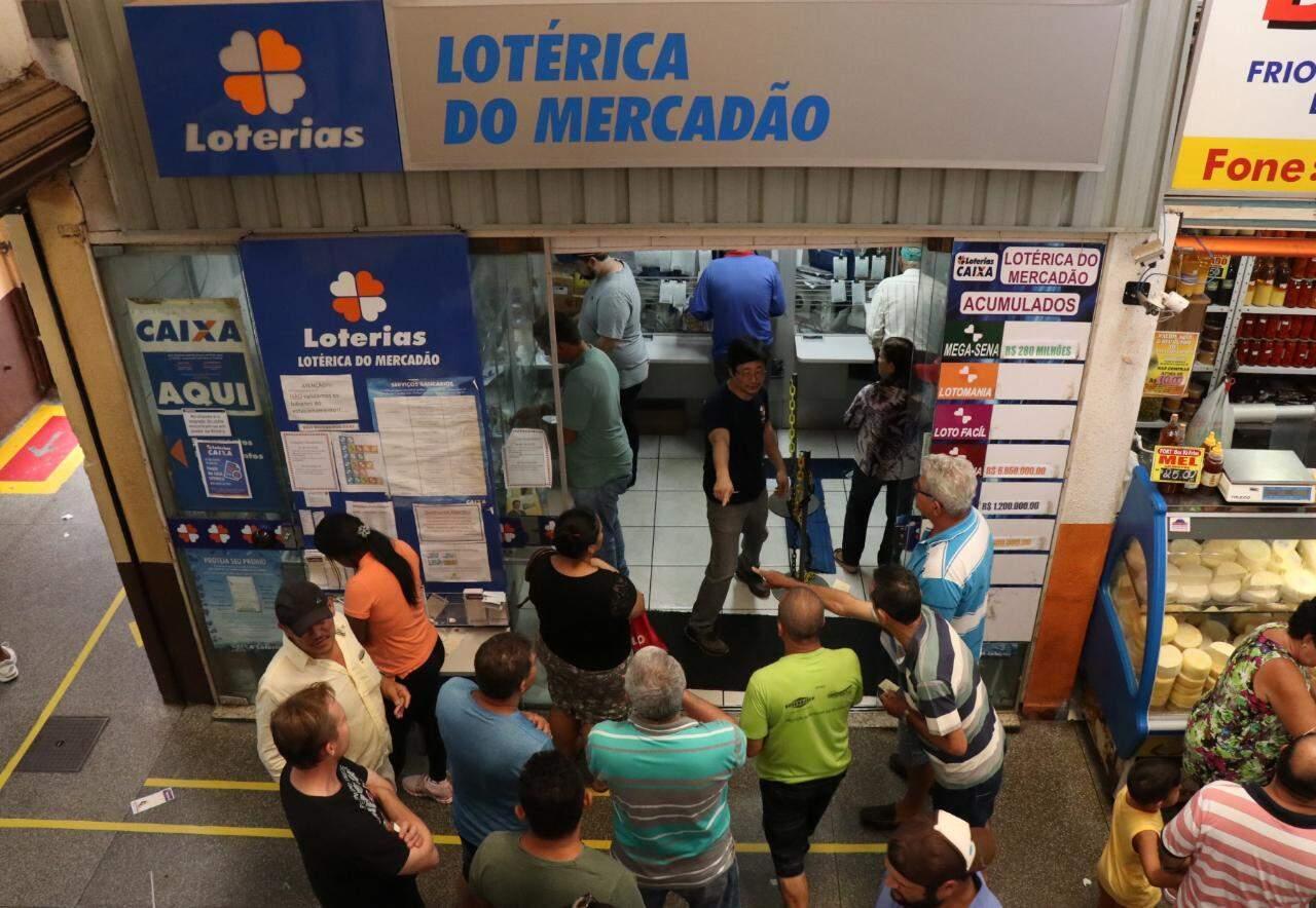 Lotéricas deverão passar por higienização a cada duas horas (Foto/Arquivo: Henrique Kawaminami)