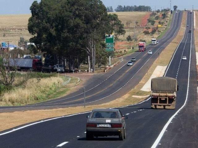 BR-163 em Mato Grosso do Sul; rodovia liga Estado a São Paulo, por exemplo (Foto: Campo Grande News/Arquivo)