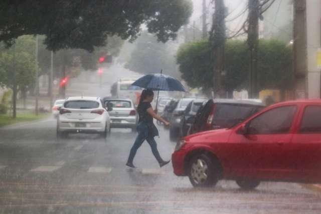 Meteorologia emite alerta de chuvas intensas para 41 municípios de MS