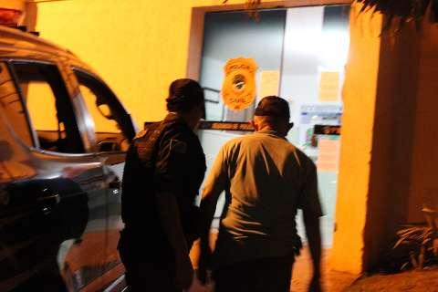 Mercado é interditado e dono detido após descumprimento de decreto