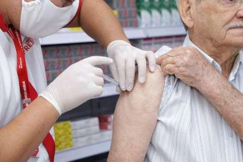 Sesau recebe mais 39 mil vacinas contra gripe e prevê retomar campanha à tarde