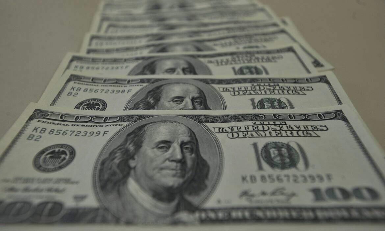 O dólar comercial encerrou esta segunda-feira (30), vendido a R$ 5,182, com alta de R$ 0,076 (+1,48%). (Foto: Marcello Casal Jr/AgênciaBrasil)
