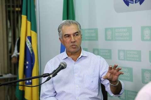 MS amplia Vale Renda para R$ 240, suspende prestações à Agehab e ajuda artistas