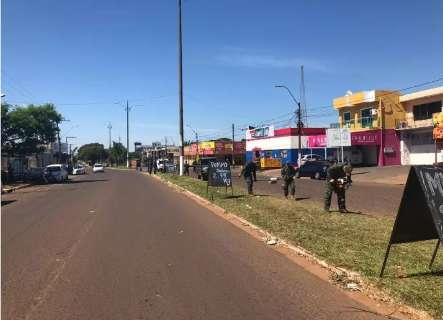Paraguai veta circulação de veículos em estradas e suspende transporte público