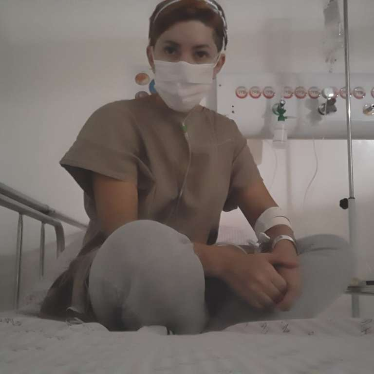 Isolada no andar do coronavírus, Thay espera resultado no Regional