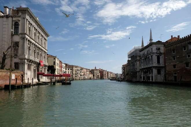 Até Veneza, na Itália, um dos destinos que mais se queixavam dos efeitos do turismo de massa, foi esvaziada pelo coronavírus (Foto: Divulgação)