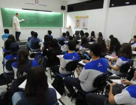 Alunos do colégio Refferencial terão aulas a distância durante pandemia do coronavírus (Foto: Divulgação)
