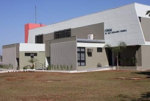 Fachada do Fórum de Paranaíba. (Foto: Divulgação/TJ-MS)