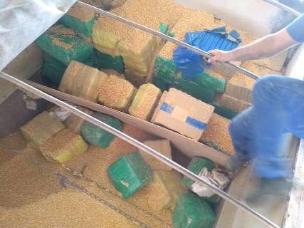 Carreta que saiu de MS com 3,2 mil quilos de maconha é apreendida em São Paulo
