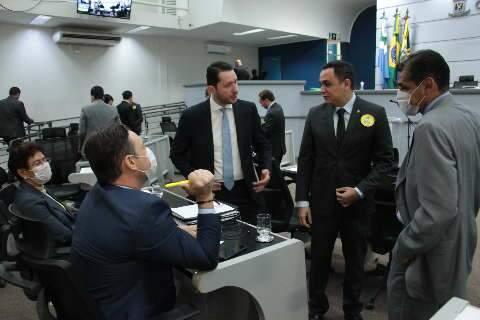 Na reta final da janela, 9 vereadores já trocaram de partidos em Campo Grande