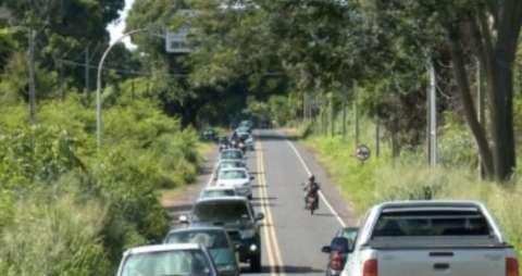 Licenciamentos de veículos com placas final 1 e 2 poderão ser quitados em maio