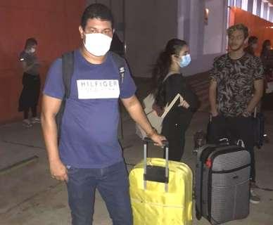 Vindo da Bolívia, 1º grupo de brasileiros chega a Corumbá