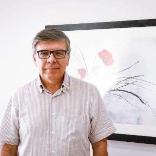 """""""Não existe fórmula milagrosa"""", diz homeopata Luiz Darcy sobre o vírus"""