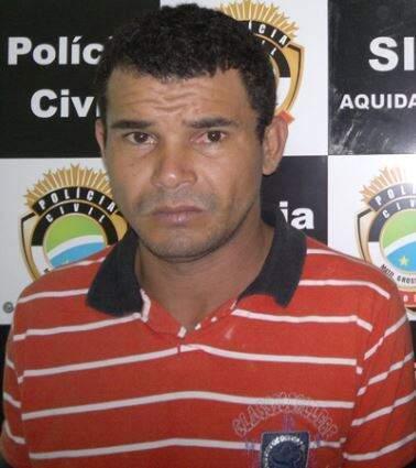 Reinaldo Dei Carpes, quando foi preso por um homicídio cometido em 2012. (Foto: O Pantaneiro)