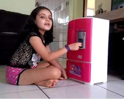 Isolamento faz criança expressar em vídeo a saudade da avó e dos amigos