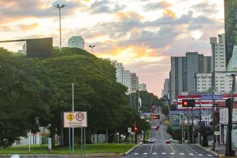 Campo Grande terá dia seco e céu claro neste domingo com temperaturas amenas