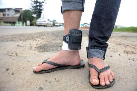 Sem tornozeleiras em estados como MS, CNJ pede que juízes racionalizem o uso